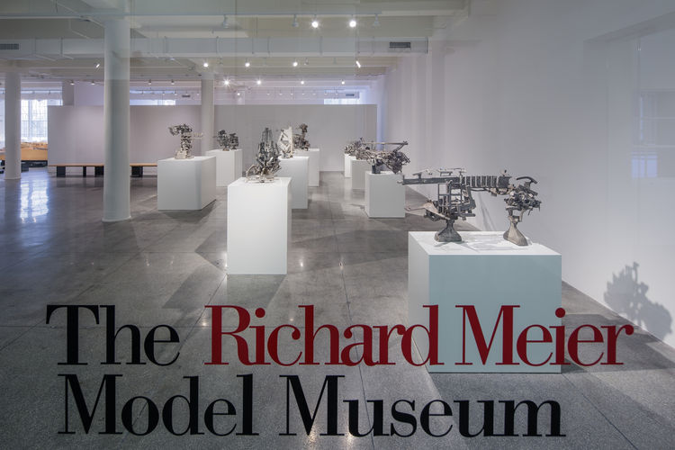 richard_meier_model_museum_01
