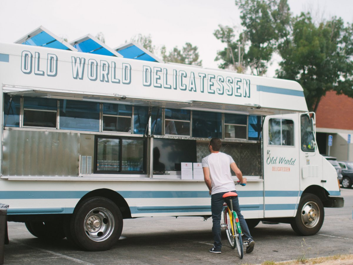 Another reason to love Google: a fleet of food trucks for FREE meals ...